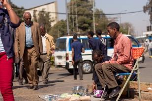 """I came to Addis Ababa in Jan, 2015 to live on my own. I didn't want to be dependent on my parents. Originally my plan was to go to Bahir Dar to explore schooling and work opportunities, but God's plans were different."" ""ወደ አዲስ አበባ የመጣሁት በ2009 ዓ.ም ነው፡፡ ቤተሰቦቼ ላይ ጥገኛ መሆን ስለማልፈልግ እራሴን ችዬ ለመኖር ብዬ ነበር፡፡ እንደአነሳሴ ቢሆን ባህር ዳር ነበር መማርና መስራት ምፈልገው፡፡ የእግዚአብሔር ፈቃድ ግን ወደእዚህ አመጣኝ፡፡"""